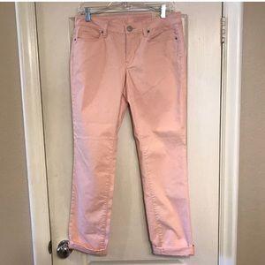 EUC Loft size 6/28 Modern Straight blush pink jean